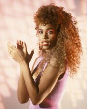 Whitney Houston UNSIGNED photo - M2522 - American singer and actress - NEW IMAGE