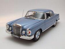 Mercedes 280 SE Coupe (W108) 1969 hellblau metallic, Modellauto 1:18 / Norev