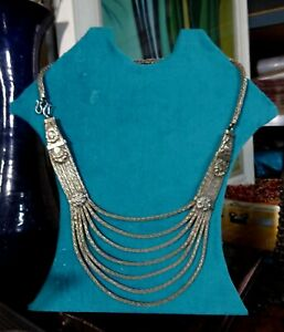 A Vintage Indian Rajasthan Solid Silver Mesh Necklace