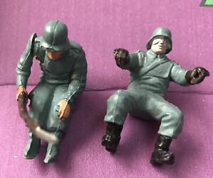 Britains Deetail German Motorbike And Sidecar Driver And Gunner 1:32 No 9681 WW2