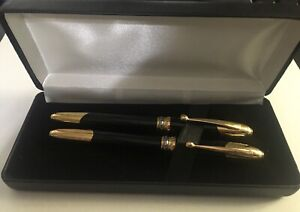 Black & Gold Executive 2 Pen Set, Roller Ball & Fountain In Gift Box ESTATE SALE