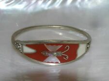 Estate Red & White Mother of Pearl Inlaid Butterfly Nonmagnetic Silver Oval Hing