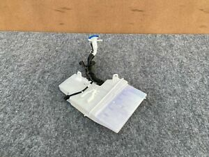 HYUNDAI GENESIS & G80 SEDAN 2015-2019 OEM WINDSHIELD WASHER RESERVOIR ASSY. 31K