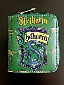 Harry Potter Purse Womens Wallet Coins Hogwarts Wizardry Witchcraft Slytherin