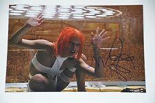 Milla Jovovich signed 20x30cm Das fünfte Element Foto Autogramm / Autograph RAR