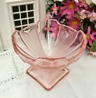 SOWERBY ART DECO PINK GLASS CHEVRON SUNDAE DISH / ICE CREAM / FRUIT TRIFLE BOWL