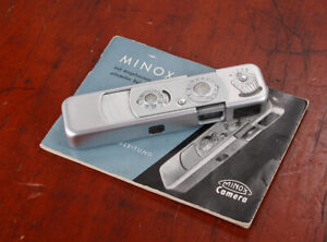 MINOX B, SILVER, WITH INSTRUCTION BOOK IN GERMAN (STUCK SHUTTER DIAL)/lon/215518
