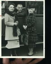 MILDRED NATWICK ART CARNEY HELEN HAYES THE SNOOP SISTERS   ORIG TV  PHOTO X3731