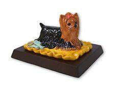 Royal Doulton en Caja 'Yorkshire Terrier' RDA68-Incluye Pedestal De Madera.