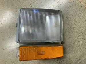 Refurbished Cadillac Deville Brougham Right Side Turn Signal Light 1980-1989 OEM