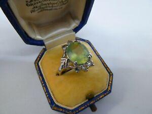 A Stunning Ladies 9ct White Gold Prehnite & Topaz Statement Ring size N, 5.1g