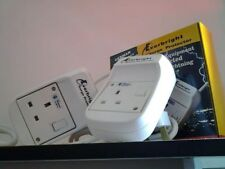Lightning surge protector