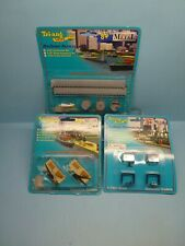 TRI-ANG MINIC SHIPS 1/1200 BREAKWATER SET, CONTAINER GANTRIES & CRANE UNIT ~ NEW