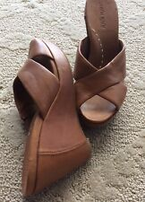 KENNETH COLE LEATHER WEDGE SANDALS SIZE 7 M