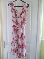 KDK London White Dress with Red Flowers Size 12/Medium