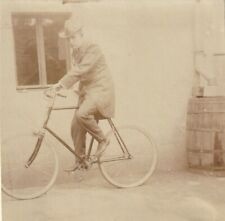 Foto Mann auf Fahrrad Rad 30er Jahre