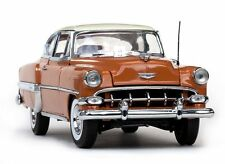 1954 Chevrolet Belair  TAN 1:18 SunStar 1708