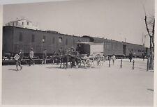 orig.foto ca.8x6cm Tren ? -express con coche de caballos DAVOR 1925 (G620)
