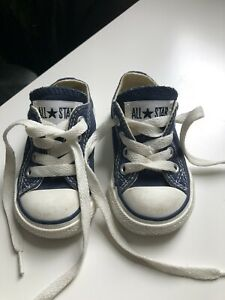 Baby converse shoes size 3 6-9months