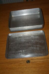 Vintage Grundy Aluminium Baking tray with lid - Classic Kitchen Ware!