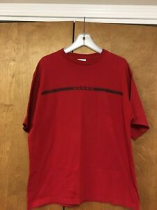 MEN'S ADIDAS GRAPHIC RED LARGE SS T-SHIRT