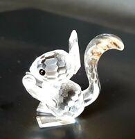 Vintage Retired SWAROVSKI Crystal SQUIRREL HOLDING NUT Figurine Ornament #011871