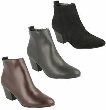 Patternless Slip On Synthetic Boots for Women