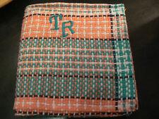 ancienne serviette tissu tressé vert rose monogramme TR brodé