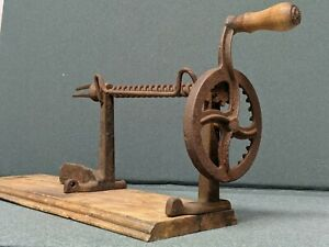 Antique Early Apple Peeler Cast Iron Wire Wood Base Mounted New England Seeds