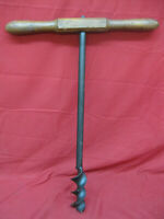 Primitive Antique T Handle Wood Auger Barn Beam Hand Drill