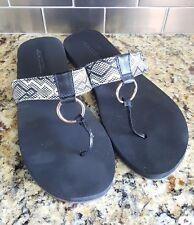 Aerosoles Black & White Thong Style Flip Flops Women's Size 9