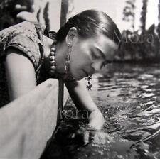 """Photographie,  """"Frida Kahlo par Nickolas Muray"""",  1938    /   15 x 15"""