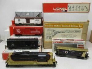 LIONEL 1672 NP SERVICE STATION SET (1976)