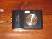 Nikon Coolpix L18 8.0 MP Blue Digital Camera Tested & Working