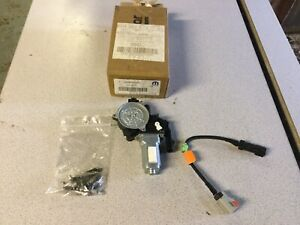 Genuine Chrysler Jeep Part. Right Hand Electric Window Motor for Neon 1998-03