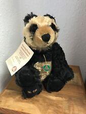 Hermann Teddy Bär Running Panda 34 cm. Limitiert. Unbespielt.