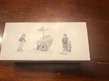 A9347 Heritage Village Department 56 Porcelain Hot Dog Vendor Set w/ Box 5886-6