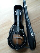TANGLEWOOD ELECTRO ACOUSTIC MANDOLIN TWMF VSE SCROLL STYLE WITH HARD CASE