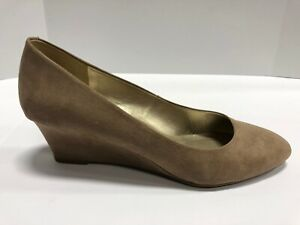 Bandolino Fayola2 Taupe/Brown Slip On Wedge Heels Wo's Size 10M, Shoes