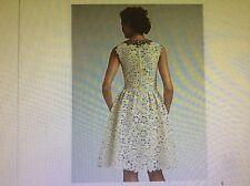 ICONIC DIVINE CHIC R'09 Oscar de la Renta floral eyelet sleeveless ivory dress