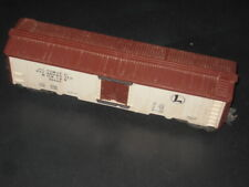LIONEL POST WAR MILK CAR , BAR END TRUCKS #3662-1