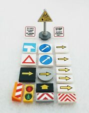 LEGO Lot of 4 Reddish Brown Triangle Clip On Road Sign Pieces