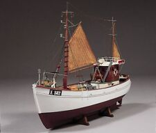 Mary Ann 45 Ton Fishing Boat Cutter 1:33 Scale - Billing Boats Wooden Ship Kit B