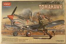 USA Curtiss P-40 B Tomahawk, 1/72 Academy kit 1655, 1987, Airplane Model Kit