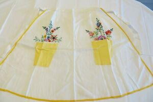 VINTAGE HAND EMBROIDERED HALF APRON PINNY