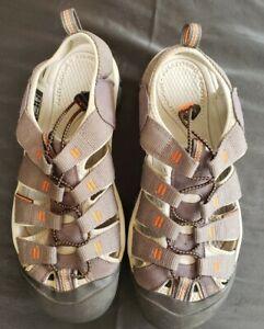 KEEN Mens Size 11 Gray/Black Waterproof Closed Toe Bungee Tie Sandals