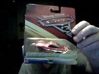 DISNEY CARS 3 MCQUEEN DIE CAST Mattel  CAR PERFECT CHRISTMAS GIFT !
