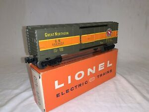 Lionel Postwar Lionel No. 6464-450 Great Northern Boxcar in OB (NO RESERVE!)