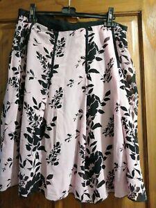 Ladies Sand Copenhagen Size 14 Silk Skirt Pink Black Panals