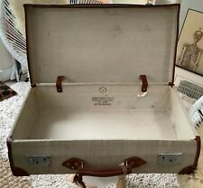 VINTAGE BRITISH ROYAL NAVY SUITCASE IN GREAT CONDITION
